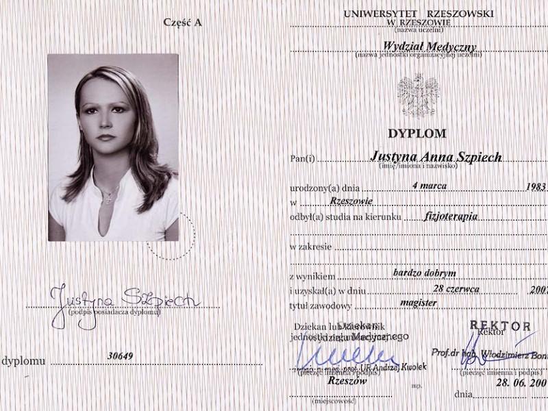 Dyplom Uniwersytetu Rzeszowskiego - Wydział Medyczny